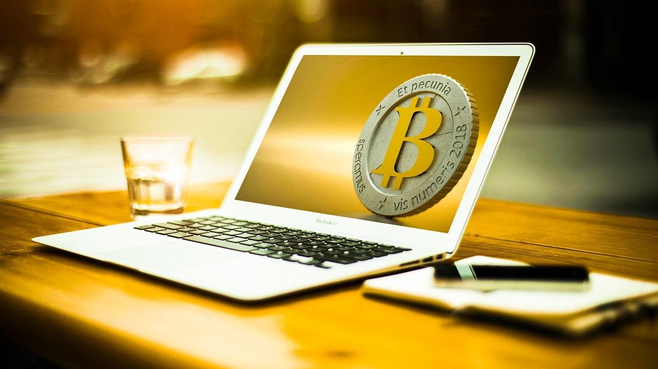 płatność Bitcoinem online